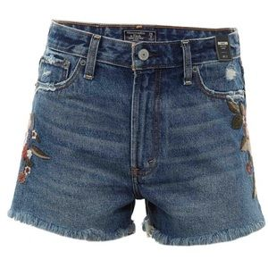 Abercrombie Girlfriend Embroidered Short